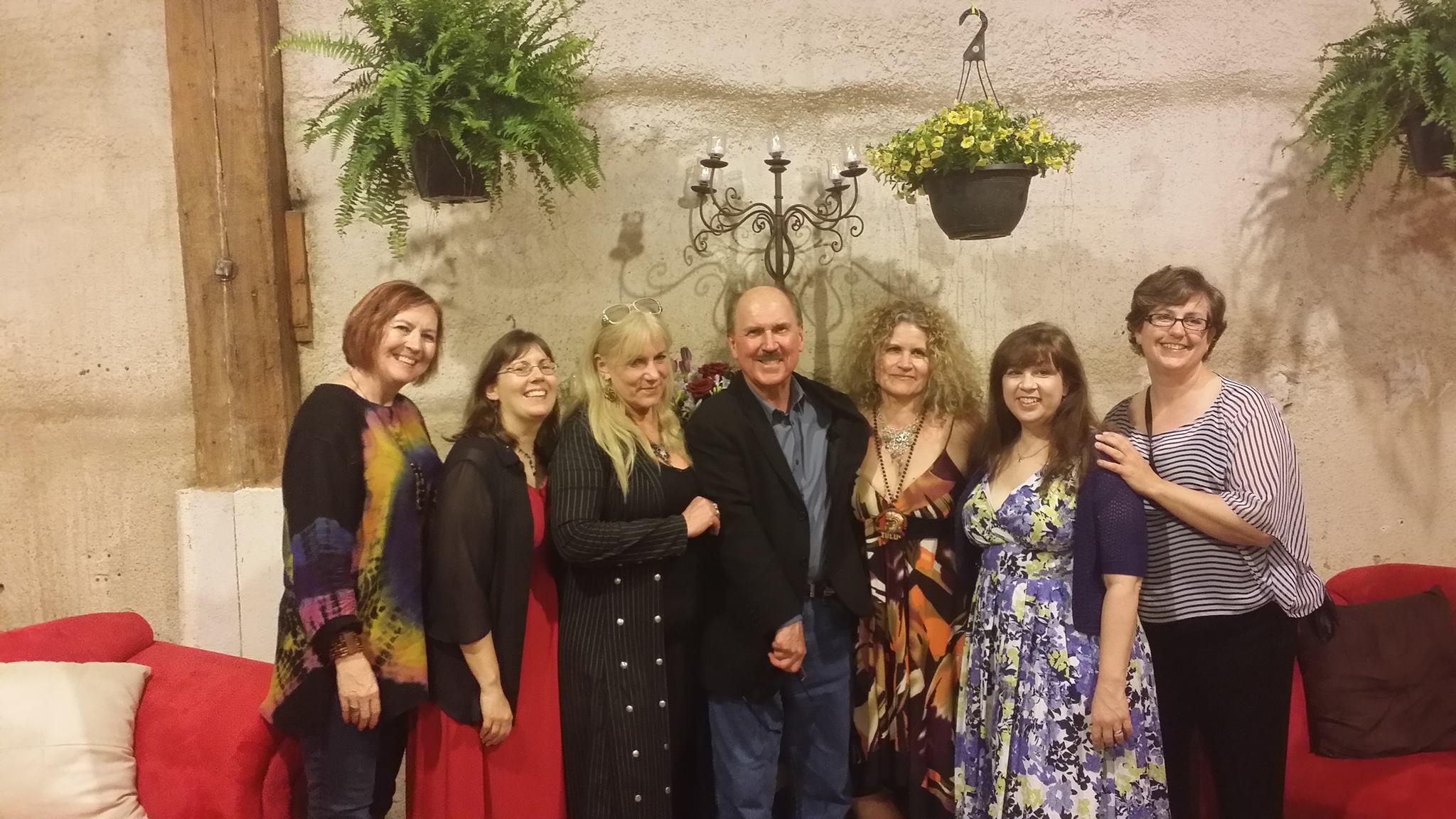 The Sirens of Suspense: Patricia Burroughs, CJ Lyons, Heather Graham, David Morrell, Alexandra Sokoloff, Toni McGee Causey, and me.